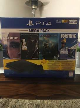 Ps4 slim mega pack (Does not include Neo versa and ps plus card)