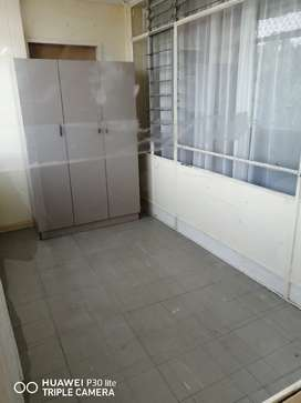 Flat to rent at Sunnyside