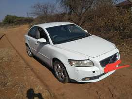 Volvo S40 D4 available ASAP