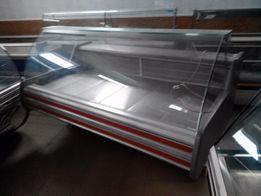 Холодильная витрина Cold 2.4м с перегородкой и 1.8м