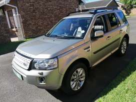 2014 landrover freelander 2 SD4 SE for sale! Excellent condition