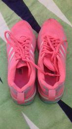 Кроссовки адидас женские. Adidas кроссовки. 37 38р