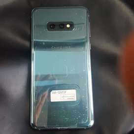 Samsung S10e mint condition 5months old