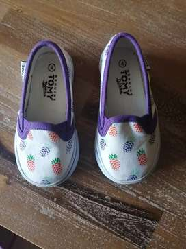 Brand new size 4 baby Tomy shoe and woolies bunny boots