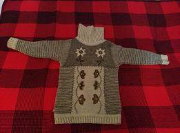 Красивый свитер для ребенка