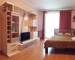Квартира посуточно на Таирова Глушко 5в,своя,на ОЛХ с 2015г