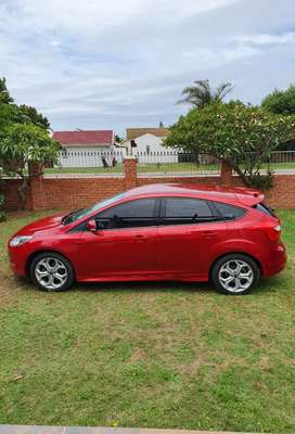 Ford focus  1.6 2013 good condition 100% speed more fast