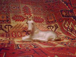 статуэтка лошадь
