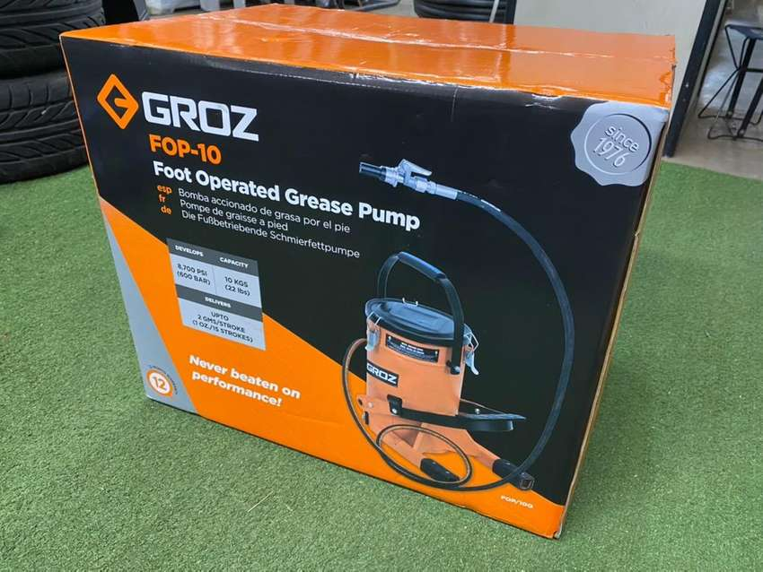 Brand new sealed grease pump 0