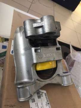 Ford fiesta engine mountings