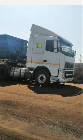 2010 Volvo FH440 6x4 T/T V3, 1 Mil Km with Side tipper hydraulics