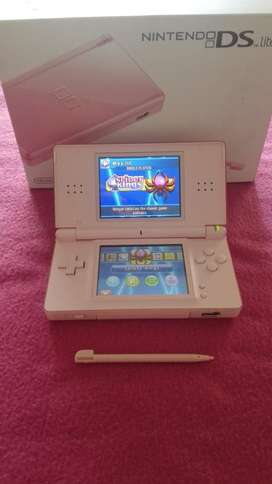 Nintendo ds lite and 5 games for sale