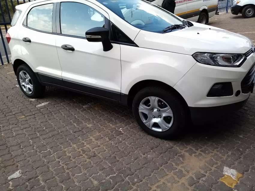 Ford ecosport with fsh 0