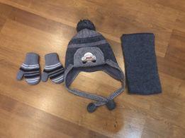 Зимняя шапка, шарф + перчатки на 1-2 года