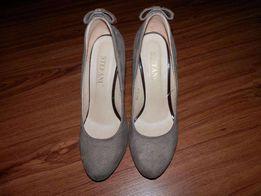 Женские туфли 39 розмер