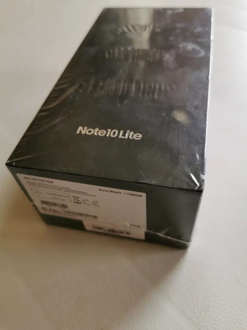 Sealed Samsung galaxy note 10 Lite 0