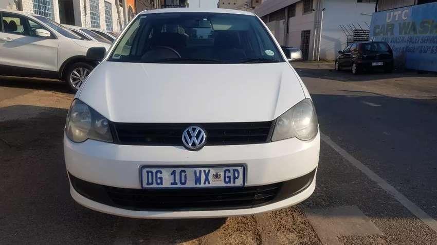 Volkswagen polo vivo sedan 1.6 engine capacity 0