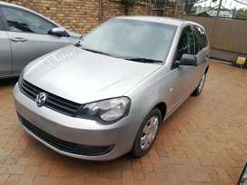 I'm selling a 2015 VW polo vivo 1.4 with only 92000km