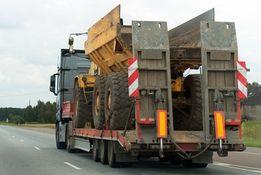 Transport niskopodwoziowy maszyn i koparek ponadgabarytowy EUROPA