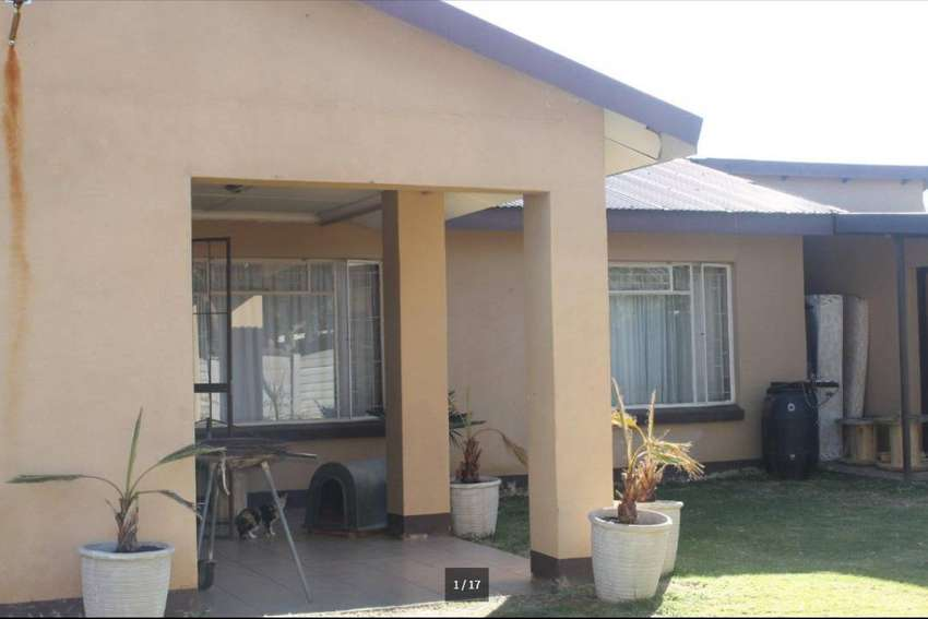 COZY 2 BED ROOM HOUSE FOR SALE 0