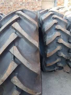 18.4-30 tractor tyres for sale 4 Apollos and 2 MRL R 8000 exl