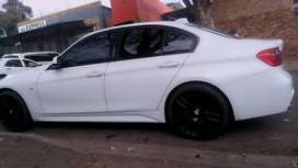 BMW F30 M SPORT 320i WITH SUN ROOF