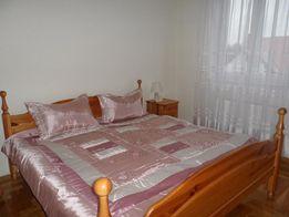 sypialnia z drewna meble
