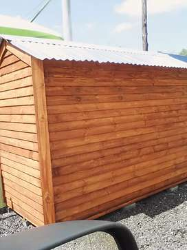 Wendy house and log cabin for sell