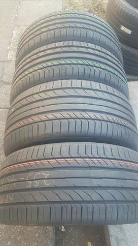 Set of brand new tyres 225/45/18 / 255/40/18 run flat continental