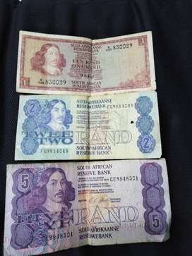 Old pape money R1 R2 and R5