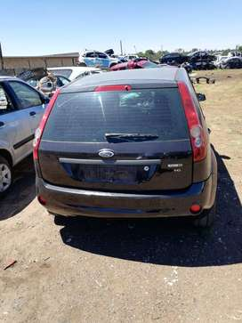Ford fiesta deasel stripping for spares