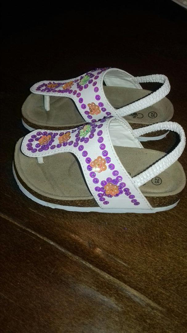 Nove sandalice-japanke br.25 0