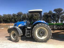 New Holland T6020 Tractor
