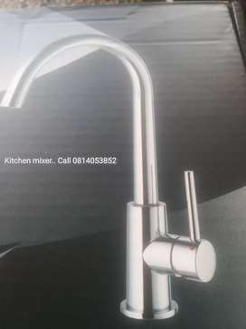 Brand new modern design kitchen sink mixer /taps