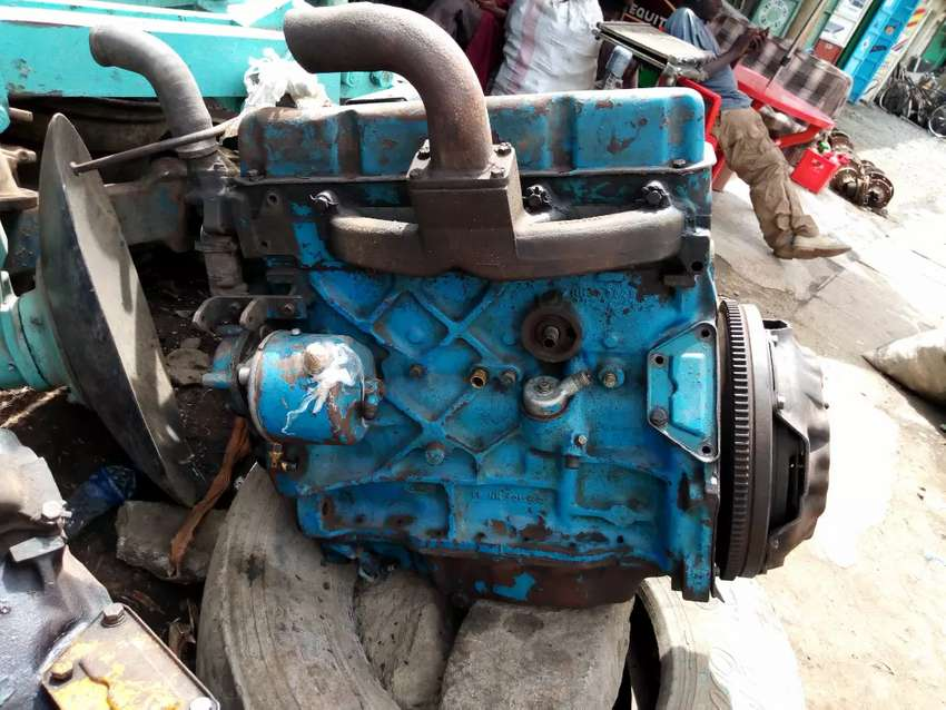 Ford  5610 complete  engine 0