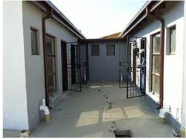 URGENT Rentals! Rooms with bath, kitchen available in MamelodiEXT18