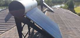 200 and 150 liter solar geysers for sale