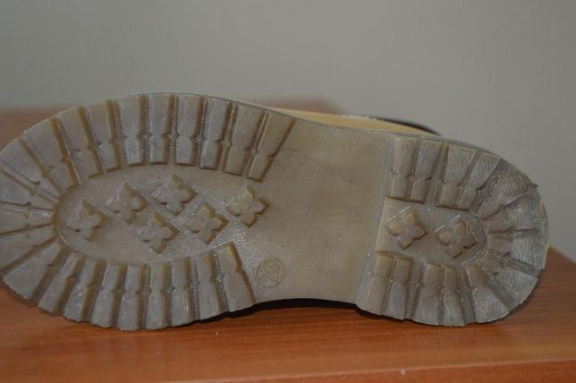 деми ботинки 28 размер Киев - изображение 3