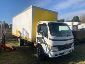 2005 Toyota Dyna 7-145 not selecting 2nd
