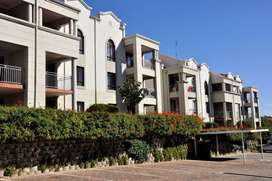 2-Bedroom First Floor Apartment To Let in Erand Gardens Midrand.