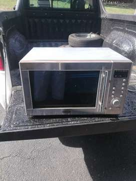 29 litre stainless steel convection microwave