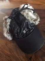 Włoska czapka z daszkiem, zimowa. Rozm. 57.
