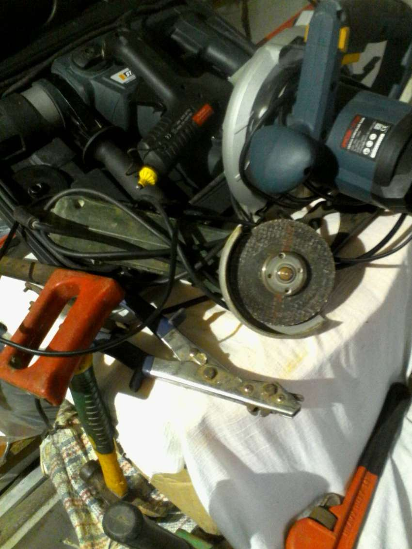 Power and hand tools 0