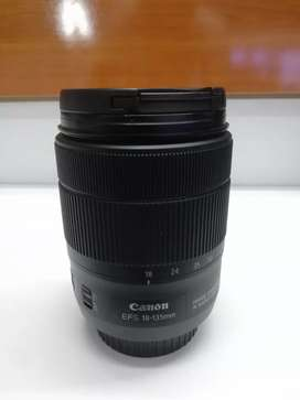 18-135mm USM canon zoom lens