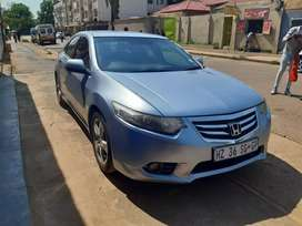 Silver Honda accord sedan 1.6 Auto