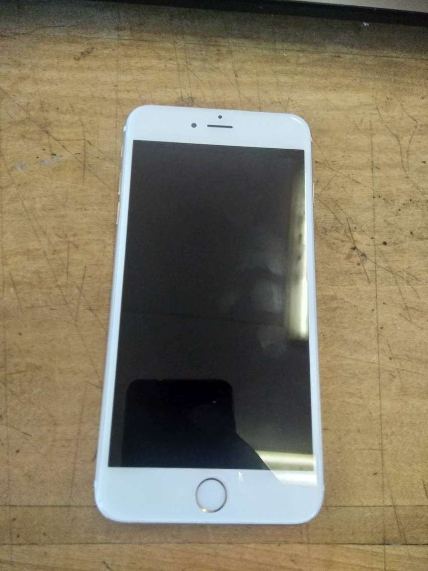 Used iPhone 6 Plus, 64GB, Silver. 0