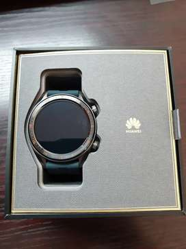 Huawei GT Watch-Comes with box and accessories