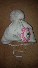 Зимняя теплая шапка 42 размер Белая для новорожденного ребенка