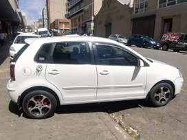 VW POLO 1.6 model 2009 manual for sell