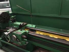 Guangzhou Centre Lathe 2m between centres